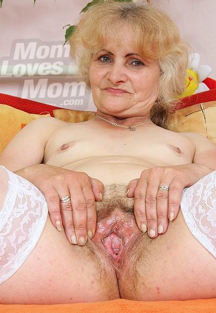 zoella topless